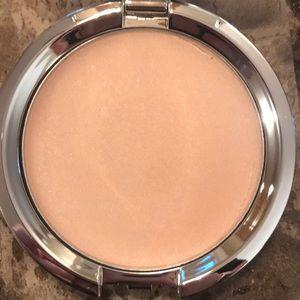 IT Cosmetics Cream Illuminator